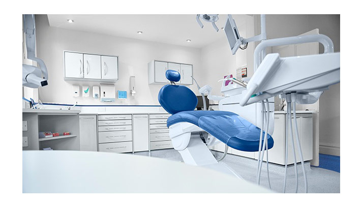 blue-chair-in-dental-exam-room