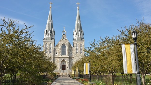 cathedral-at-villanova